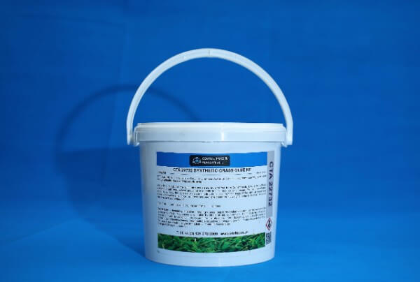 Synthetic Grass Glue Suppliers In The Uk Cta Ltd