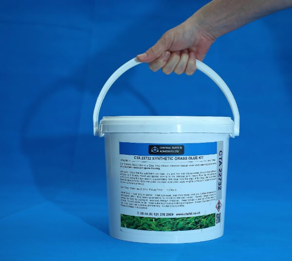 Grass glue for synthetic lawns synthetic lawns and sports flooring